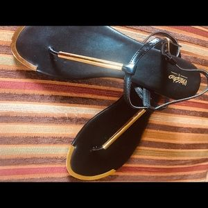 MOSSIMO Sandals! Black & Gold !